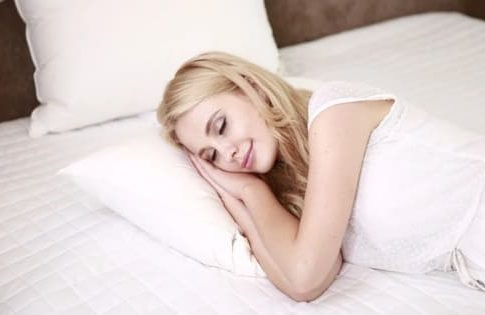 сколько нужно спать в сутки
